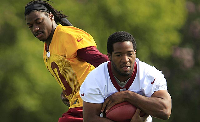 RG3 might be doing even more handing off to Alfred Morris this time around. (USATSI)