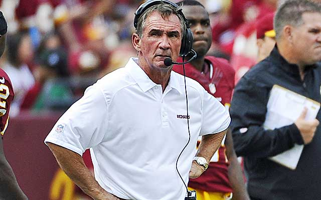Mike Shanahan is feeling the heat in Washington after a disastrous start. (USATSI)