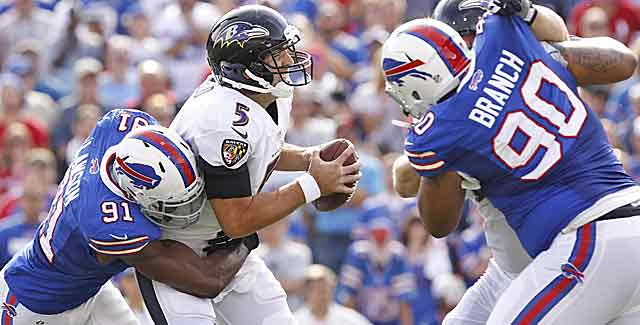 Joe Flacco does not look like a Super Bowl-winning QB vs. the Bills. (USATSI)