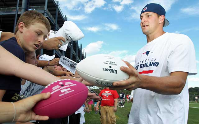 Rob Gronkowski can at least make these young fans happy.  (USATSI)