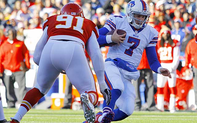 The Bills' Jeff Tuel is the lastest backup QB to struggle against the Chiefs.  (USATSI)