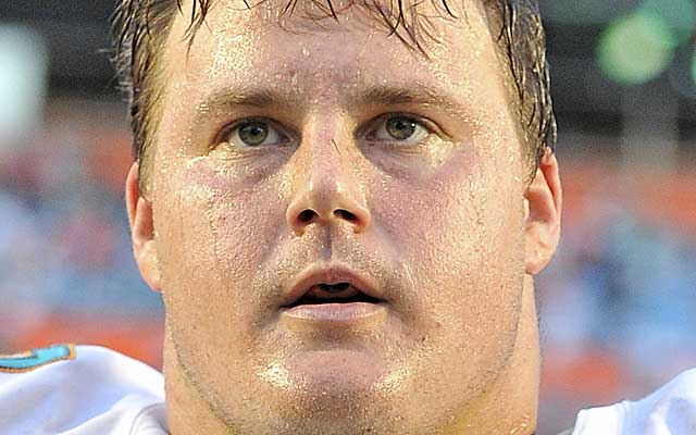 Richie Incognito's dirty play didn't stop coaches from giving him chances.  (USATSI)