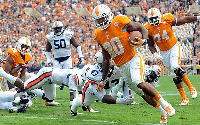 Tennessee's Rajion Neal runs for a touchdown against Auburn. (USATSI)
