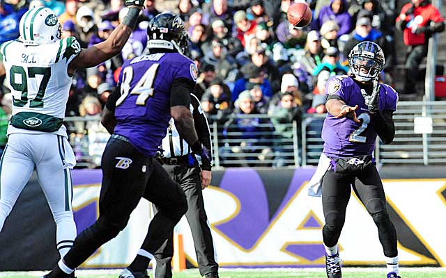 Tyrod Taylor's athleticism gives the Ravens an added wrinkle on offense.  (USATSI)