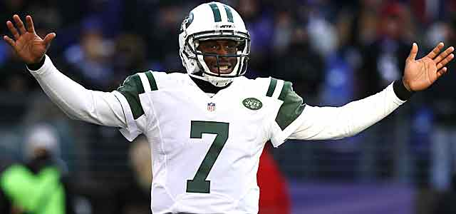 What if Mark Sanchez had the same road numbers as Geno Smith? (USATSI)