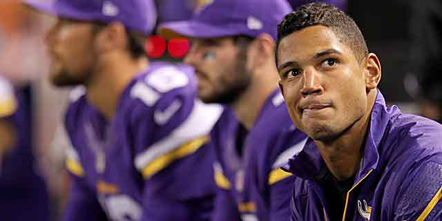 How are the Vikings supposed to evaluate Josh Freeman if he never plays? (USATSI)