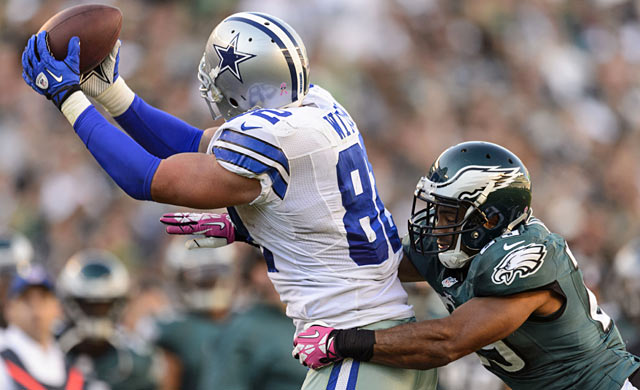 The Cowboys can grab a big edge on the Eagles if they win tonight. (USATSI)