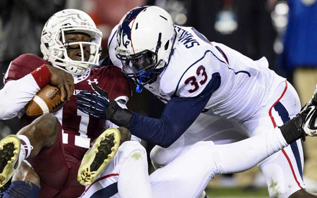 Yawin Smallwood, UConn's defensive MVP this season, has 118 tackles, 9 1/2 for loss. (USATSI)
