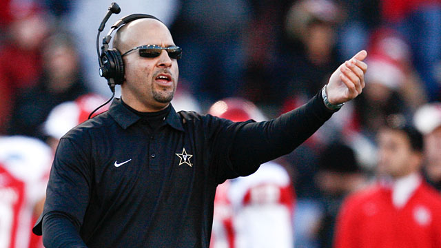 Vandy's James Franklin fits the profile of an offensive-minded head coach the Skins are targeting. (USATSI)