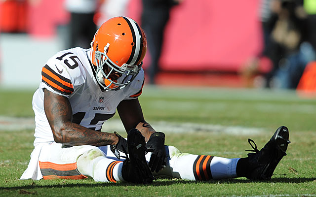 Davone Bess led the NFL with 14 dropped passes in 2013, the worst season of his career. (USATSI)