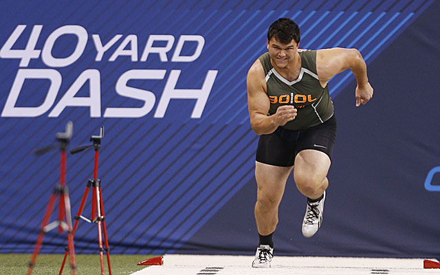 Jake Matthews has the NFL pedigree. He could be the first lineman drafted. (USATSI)