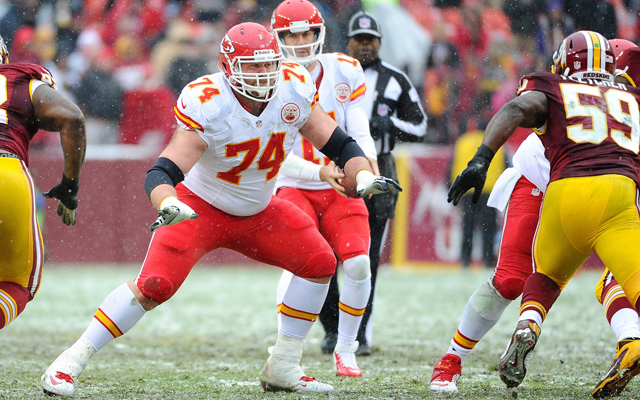 Former Chiefs offensive lineman Geoff Schwartz agrees to deal with the Giants. (USATSI)