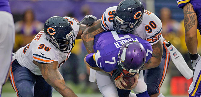 The NFL keeps getting tougher for veteran players like Julius Peppers. (USATSI)