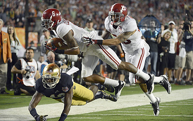Alabama's Ha Ha Clinton-Dix could provide some much needed help for Chicago's secondary. (USATSI)