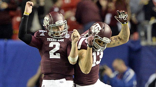 Mike Evans' physical catches helped make Johnny Manziel a sensation.  (USATSI)