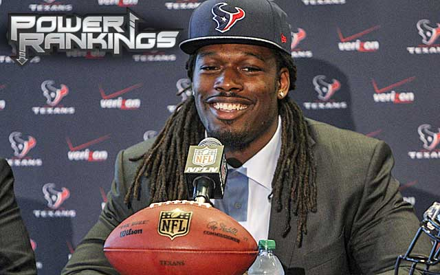 Jadeveon Clowney makes the Texans' defense scary -- but what about the offense? (USATSI)