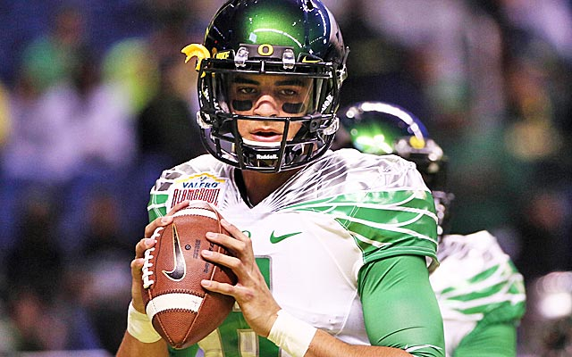 Marcus Mariota could find himself in Houston if Tom Savage doesn't show enough promise. (USATSI)
