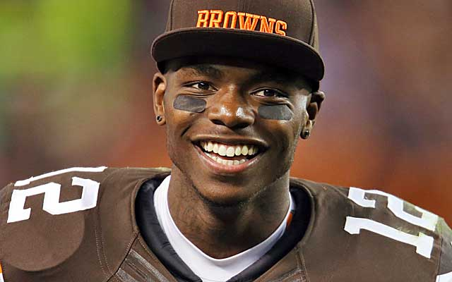 Josh Gordon faces a potential season-long ban for failing another NFL drug test.    (USATSI)