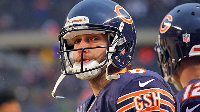 Lingering questions follow franchise QB Jay Cutler into another season. (USATSI)