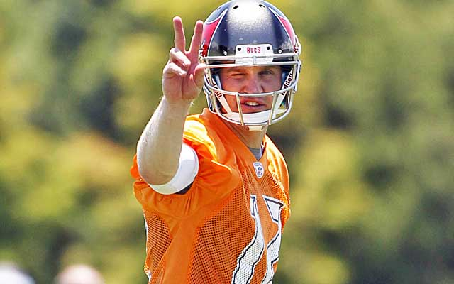 Josh McCown is playing for his seventh NFL team in 12 seasons.  (USATSI)