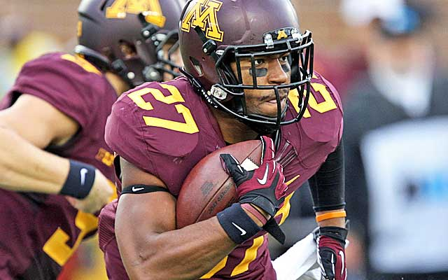 David Cobb is pushing to be the first Gophers back drafted since 2006. (USATSI)