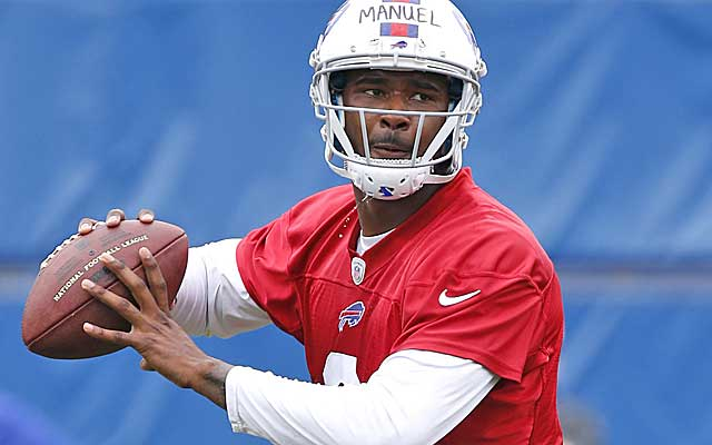 The pressure is on EJ Manuel to not hold the Bills back in his second season. (USATSI)
