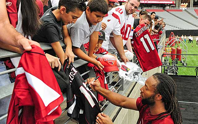 No. 11 is No. 1 in Cards fans' hearts, but is Larry Fitzgerald  No. 1 on the depth chart? (USATSI)