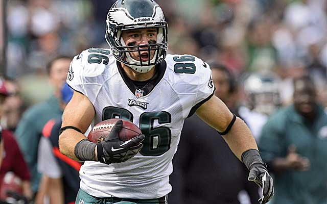 Zach Ertz is in the ideal offense for a pass-catching tight end in Philly. (USATSI)