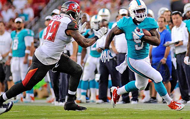 Damien Williams is one of two undrafted rookie RBs the Dolphins opted to keep on the roster.(USATSI)