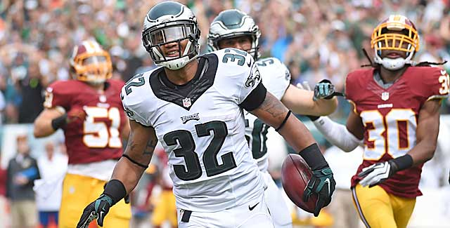 Eagles KR Chris Polk makes the Redskins' kickoff team pay Sunday in Philly. (Getty Images)