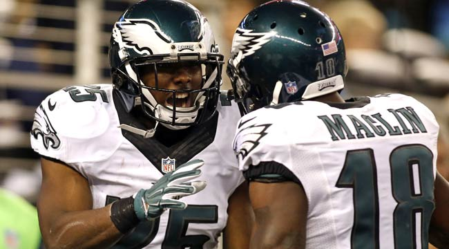McCoy, Eagles crush Cowboys, take East lead