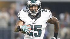 Bills trade for Eagles' McCoy