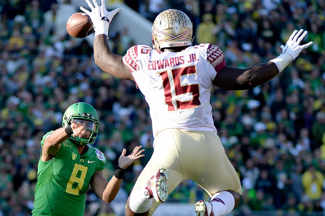 Mario Edwards Jr. showed big-time athleticism while doing the little things at Florida State. (Getty Images)
