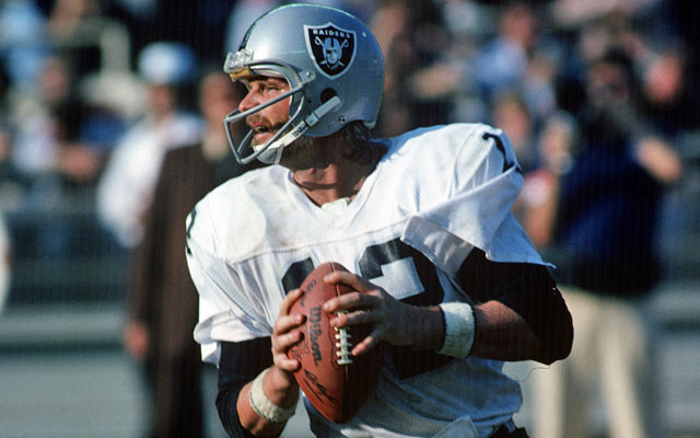 Ken Stabler won a championship with the Raiders in 1977. (Getty Images)