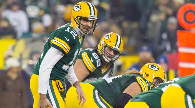 8:30 ET: Packers host Bears, to honor Favre