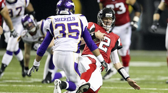 LIVE: Falcons host first-place Vikings