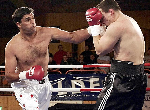 In action here in 2004, Sanders (left) was a 40-1 underdog when he upset Klitschko in 2003. (Getty Images)