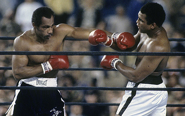 Ken Norton vs. Muhammad Ali in their 1976 heavyweight title fight. (Getty)