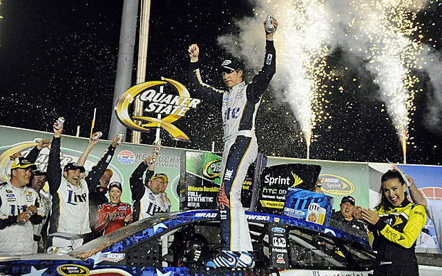 Brad Keselowski leads 199 of 267 laps to win at Kentucky Speedway. (USATSI)