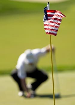 Patriotism and golf can go together well. (US Presswire)