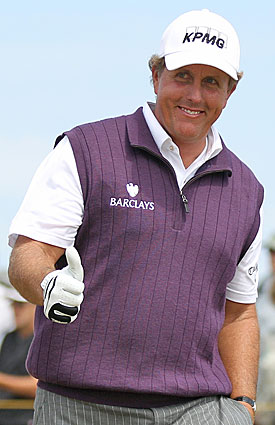 Phil Mickelson leaves himself with a chance on the weekend, which deserves a thumbs up. (AP)