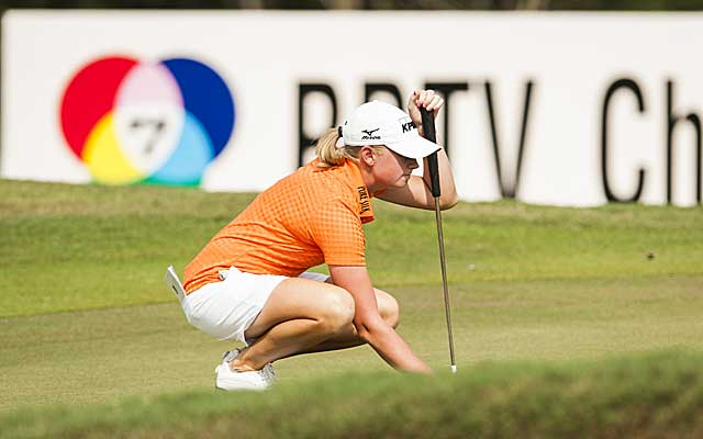 Stacy Lewis fired a 69 on Friday to keep her three-stroke lead after two rounds in Thailand. (Getty Images)