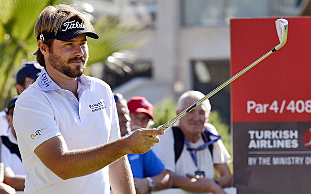 Victor Dubuisson begins with four straight birdies and adds five more in his third-round 63. (Getty Images)