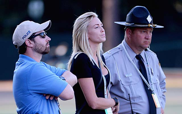 Yeah, no one's getting close to Paulina Gretzky on Saturday. (Getty Images)
