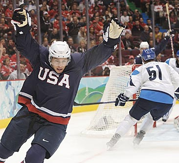 Zach Parise scores one of six U.S. first-period goals.