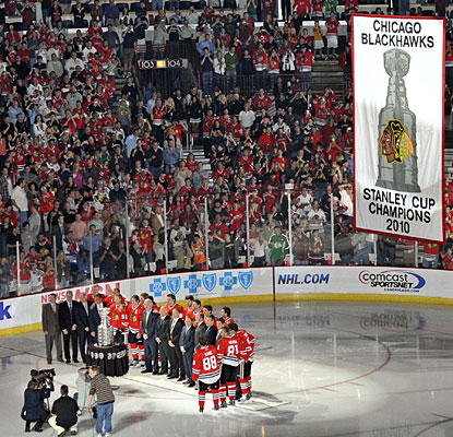 Unfortunately for the Blackhawks, their Cup banner-raising night is spoiled by the Red Wings. (US Presswire)
