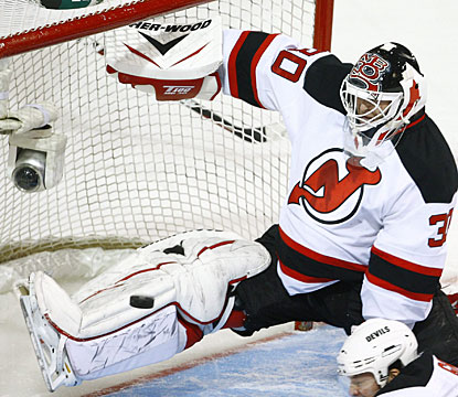 It's nothing new for Martin Brodeur, who turns away 29 shots to gain his ninth career shutout against Montreal. (AP)