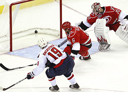 Nicklas Backstrom scores the first of his two goals to help Michal Neuvirth's cause for the shutout. (AP)