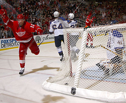 Daniel Cleary's goal in the third period turns out to be the winner on this night when he scores in his sixth straight game. (Getty Images)