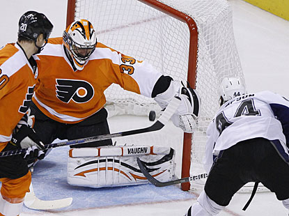 Nate Thompson puts the icing on the cake with the winner, the only goal in the third period. (AP)